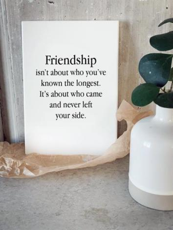 Trätavla - Friendship